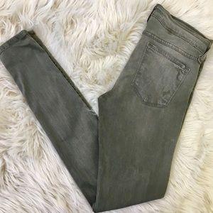 Flying Monkey Platinum Distressed Skinny Jeans. 28